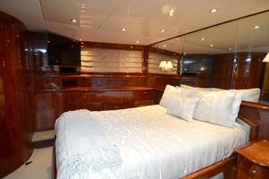 105' Intermarine  2000 VIP Stateroom