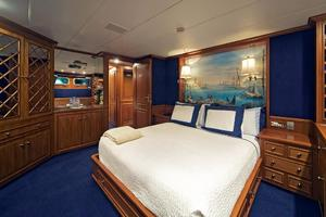 159' Feadship  1987 Guest Stateroom