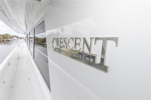 102' Crescent  1991