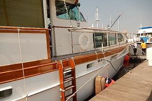 58' Trumpy motor yacht 1970 Starboard