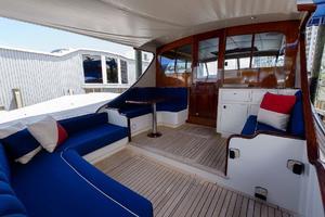 48' Maverick Sportyacht 2015 Cockpit