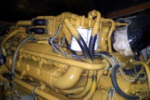 37' Bertram 37 Convertible 1989 STARBOARD ENGINE  -  3208TA w/ 1165 hours