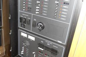 40' Tiara 4000 Express 1999 Control Panel
