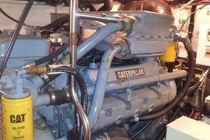 40' Tiara 4000 Express 1999 Port 3208TA Caterpillar (945 hrs.)