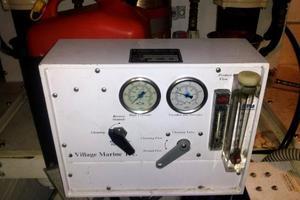 40' Tiara 4000 Express 1999 WATER MAKER (Village Marine Tec)