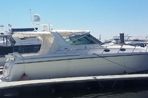 40' Tiara 4000 Express 1999 Starboard View