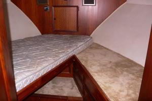 42' Hatteras Convertible Sportfish 1977 Forward Stateroom