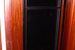 42' Hatteras Convertible Sportfish 1977 Refrigerator