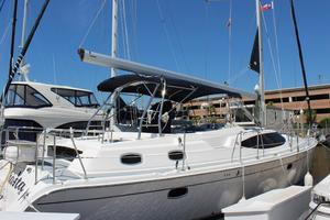50' Hunter 50 Center Cockpit 2014 Starboard exterior
