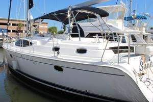 50' Hunter 50 Center Cockpit 2014 Port Exterior
