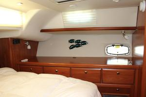 50' Hunter 50 Center Cockpit 2014 Master suite dresser to port