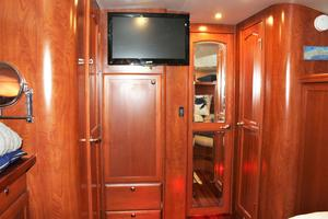 50' Hunter 50 Center Cockpit 2014 Guest cabin looking aft