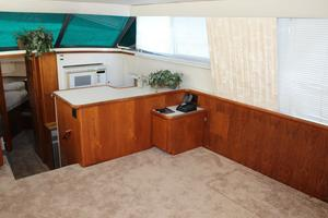 44' Carver 440 Aft Cabin Motor Yacht 1995 Starboard salon looking forward