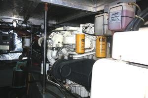 44' Carver 440 Aft Cabin Motor Yacht 1995 Engine-port
