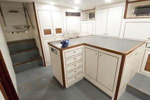 90' Offshore Yachts 80/85/90 Voyager 2019 Utility Room