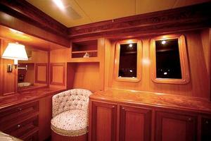 72' Offshore Yachts 66/72 Pilothouse 2019 Master Stateroom Windows