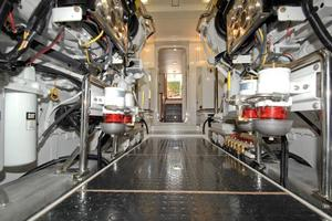80' Offshore Yachts 76/80 Motoryacht 2021 EngineRoom