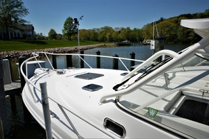 Edgewater 335EX Express Bow