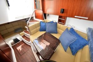Edgewater 335EX Express Cabin