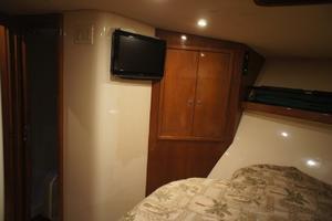 47' Cape Fear Custom Carolina Sportfish 2000 Master stateroom TV and closet