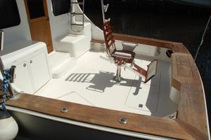 47' Cape Fear Custom Carolina Sportfish 2000 Cockpit