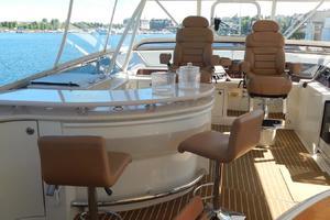 65' Marquis Cockpit M/Y 2006