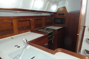 47' Beneteau 473 2002 Large secure galley