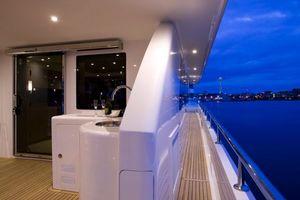 80' Ocean Alexander 80 Motoryacht 2010 Covered Side Deck