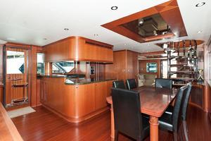 80' Ocean Alexander 80 Motoryacht 2010 Galley/Dining