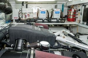 80' Ocean Alexander 80 Motoryacht 2010 AC Compressors