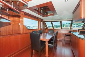 80' Ocean Alexander 80 Motoryacht 2010 Dining