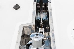 80' Ocean Alexander 80 Motoryacht 2010 Windlass/Chute