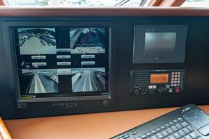 80' Ocean Alexander 80 Motoryacht 2010 Maretron monitor