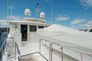 80' Ocean Alexander 80 Motoryacht 2010 Boat Deck