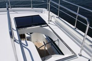 80' Ocean Alexander 80 Motoryacht 2010 Boat Deck Hatch
