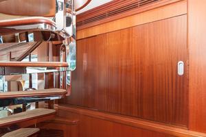 80' Ocean Alexander 80 Motoryacht 2010 Custom Storage