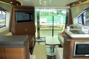 51' Sea Ray 510 Fly 2015 Salon Looking Aft