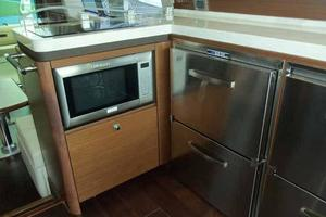 51' Sea Ray 510 Fly 2015 Galley Looking Aft
