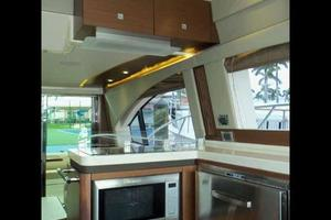 51' Sea Ray 510 Fly 2015 Salon Galley Cabinets