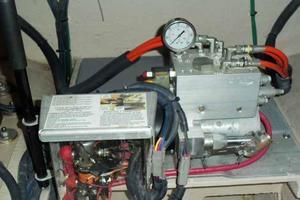 51' Sea Ray 510 Fly 2015 Hydraulic Lift Power Pack
