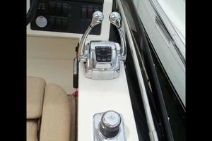 51' Sea Ray 510 Fly 2015 Helm Electronic Controls & Joystick
