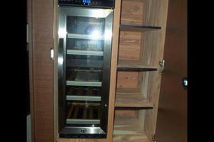 51' Sea Ray 510 Fly 2015 Twin Cabin Wine Cooler