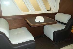 51' Sea Ray 510 Fly 2015 Master Starboard Side Settee