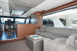 70' Ocean Alexander Evolution 2017 Salon STB view