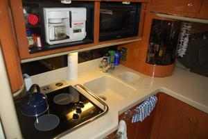 50' Sea Ray Sundancer 1998 Galley