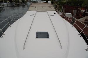 50' Sea Ray Sundancer 1998 Foredeck