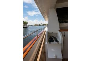 80' Nova Marine Supernova 80 2000 Aft deck docking station