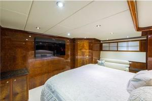 80' Nova Marine Supernova 80 2000 Aft stateroom, forward view