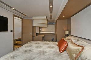 Prestige 680 Fly-2020-ON ORDER Enroute to Staten Island-New York-United StatesVIP Stateroom  1083825 thumb