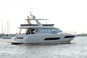 68' Prestige 680 Fly 2018 Starboard Side